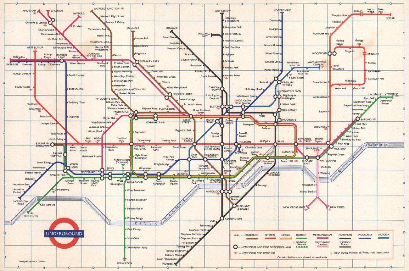 LONDON UNDERGROUND tube map plan. Victoria Line open to Victoria. GARBUTT 1971