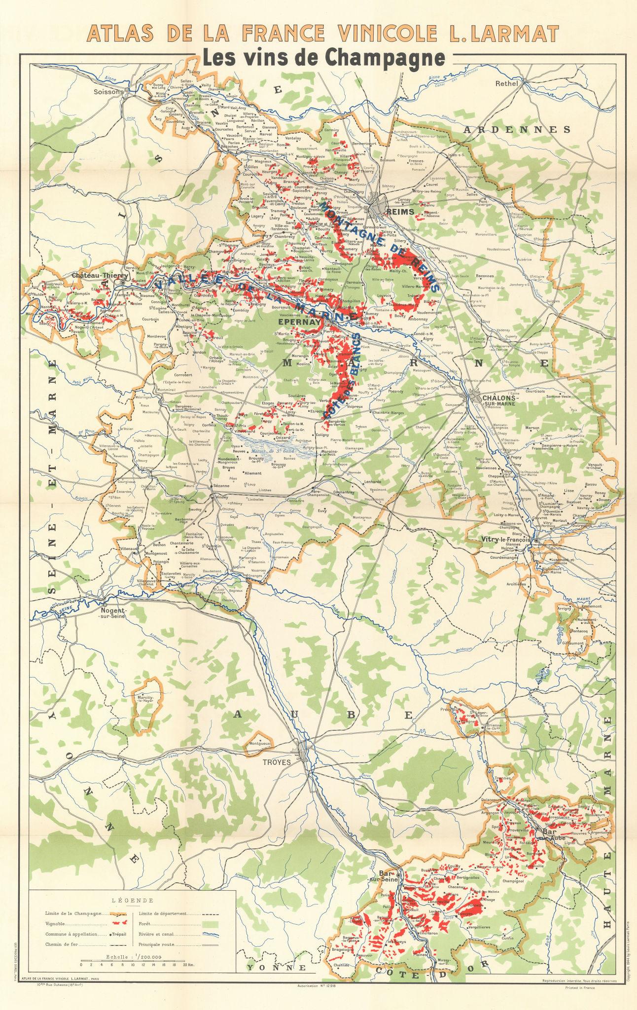Associate Product CHAMPAGNE WINE/VINS MAP Carte Générale showing vignobles vineyards. LARMAT 1944