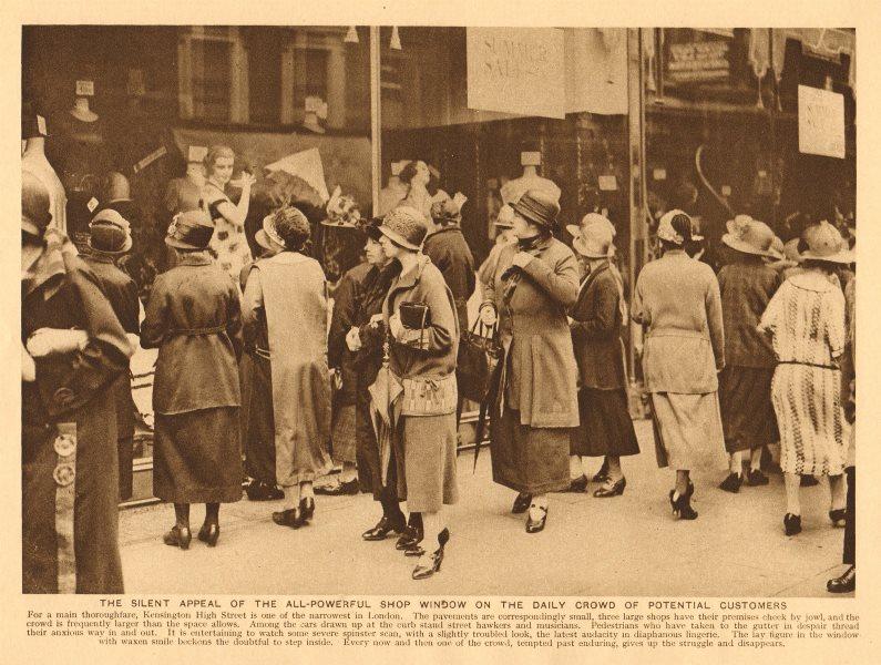 Associate Product High Street Kensington show windows. Crowd of potential customers 1926 print