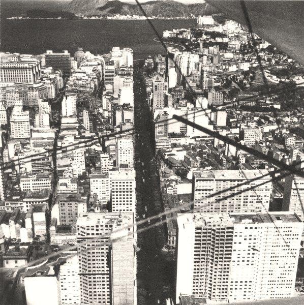 BRAZIL. Rio de Janeiro. L'Avenue Rio- Branco 1951 old vintage print picture