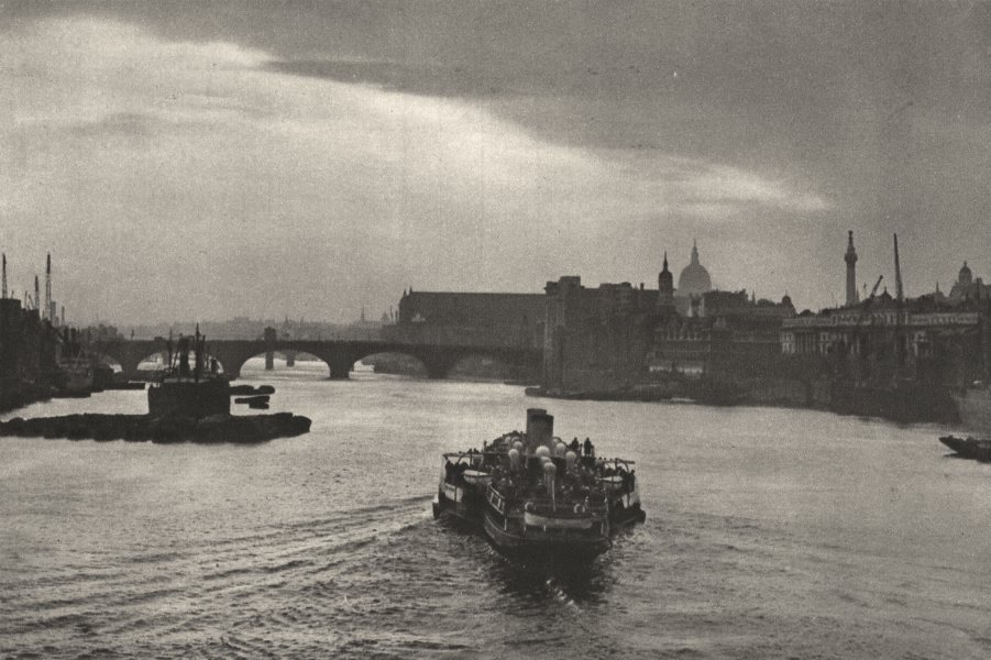 LONDON-ON-SEA. daily trip boat heads into sunset. Return from Margate 1926