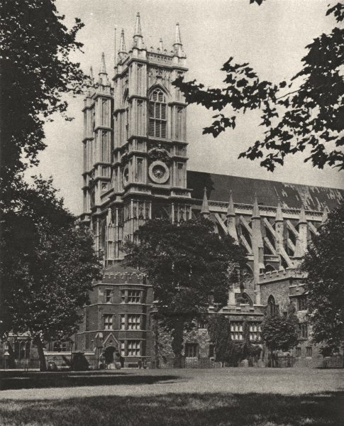 Associate Product WESTMINSTER ABBEY. Under the elms in Dean's Yard on July day 1926 old print