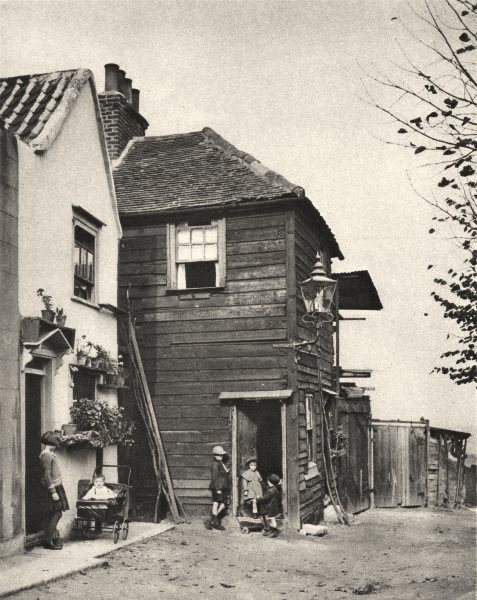 Associate Product HIGHGATE. Old houses from whose doorways villagers watched coaches pass 1926