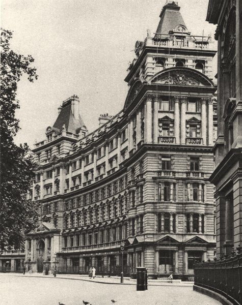 Associate Product FINSBURY CIRCUS. Salisbury house. Palatial business premises in the city 1926