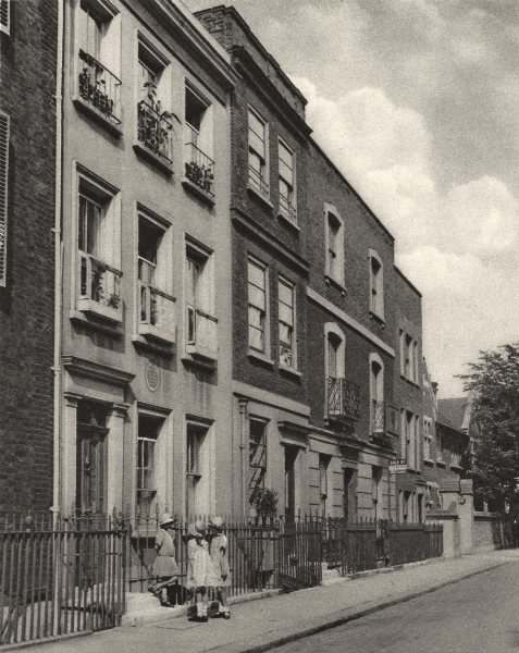 Associate Product LONDON. Three girls on the steps of Leigh Hunt's house, 24 Upper Cheyne Row 1926