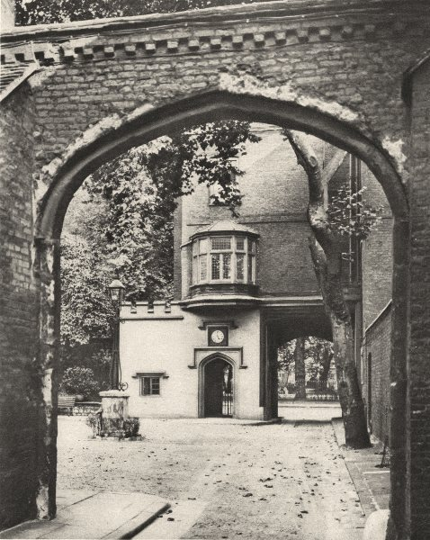 LONDON. Entrance courtyard and gateway of The Charterhouse 1926 old print