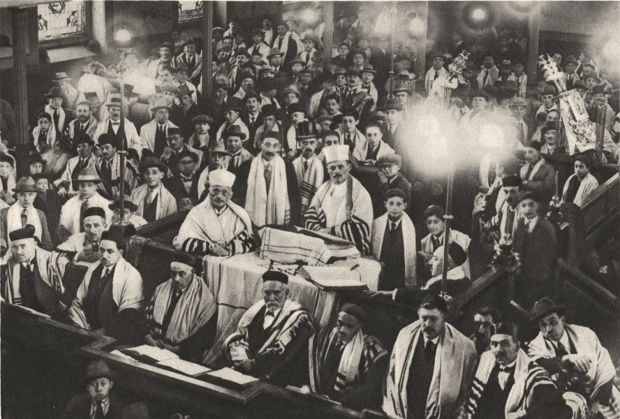 Associate Product LONDON. Jewry. During a Pause Fete. an East- End Synagogue 1926 old print