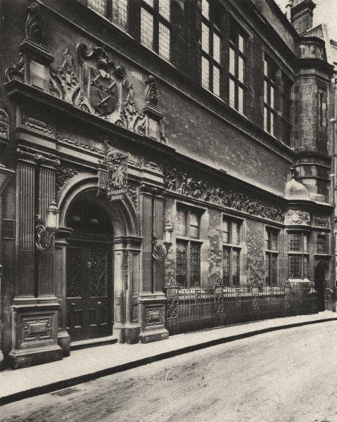 LONDON. Modern Cutlers hall in Warwick Lane off Newgate Street 1926 old print