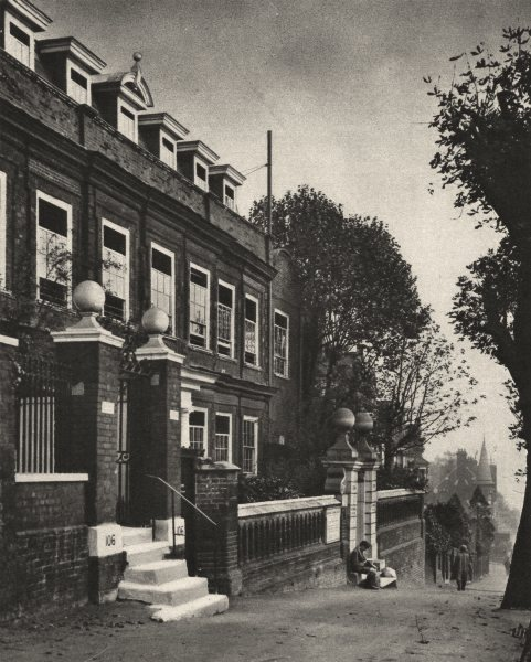 Associate Product LONDON. Cromwell House Highgate hill, a Mansion of 17th century 1926 old print