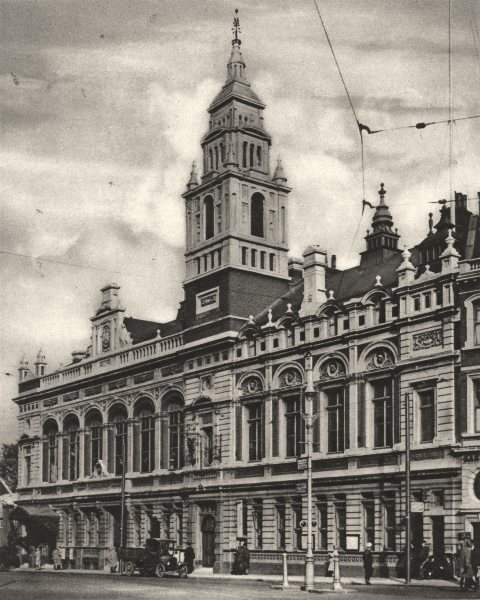 Associate Product LONDON. Hammersmith town hall from Hammersmith Broadway 1926 old vintage print