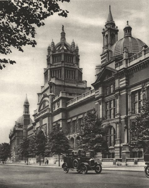 Associate Product LONDON. Facade of the Victoria and Albert Museum in Cromwell Road 1926 print