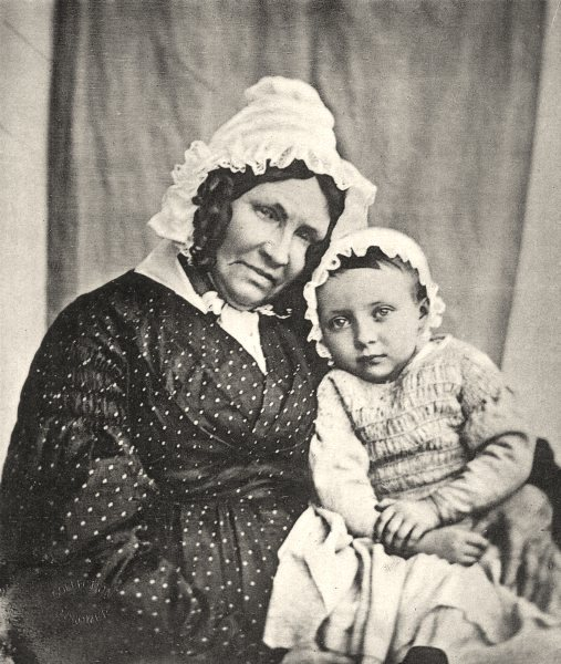 FAMILIES. The daughter of the author on the knees of her grand mother, 1843 1935