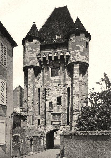 Associate Product NIÈVRE. Nevers- Porte du Croux 1905 old antique vintage print picture