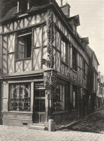 Associate Product YONNE. Sens- Vieille maison rue de la République 1905 old antique print