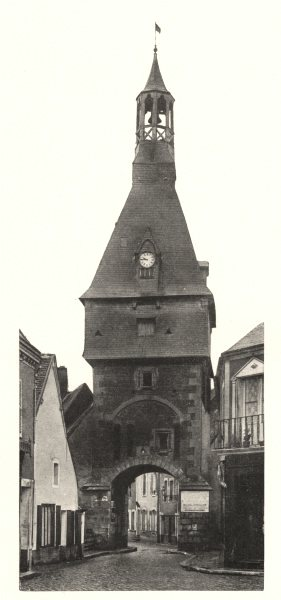 Associate Product YONNE. Saint-Fargeau (Yonne) - Porte de I'Horloge. SMALL. 1905 old print