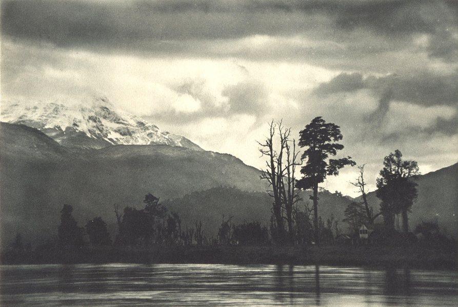 Associate Product CHILEAN PATAGONIA.Puerto Aysen.día invierno con lluvia incesable.rainy day 1932