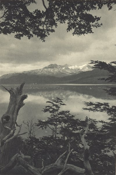 Associate Product CHILEAN PATAGONIA. Lago Grey. Extremo sur. Lake Grey. Southernmost point 1932