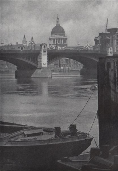 Associate Product St. Paul's Cathedral from Bankside. E.O. HOPPÉ. London 1930 old vintage print
