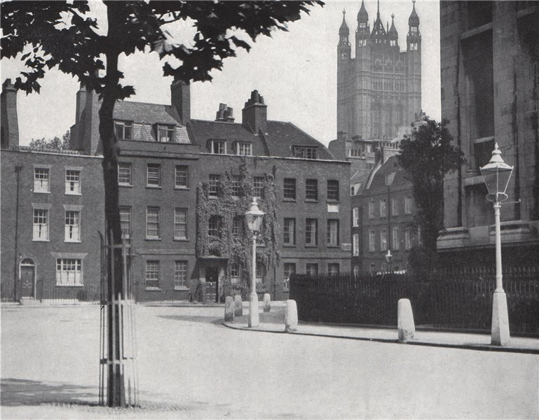 Associate Product Smith Square, Westminster. E.O. HOPPÉ. London 1930 old vintage print picture