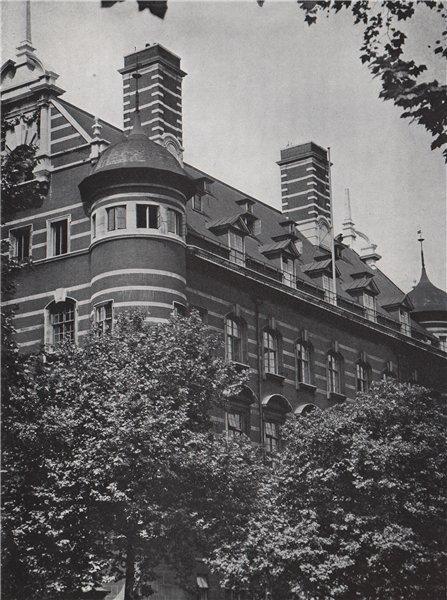 Associate Product Scotland Yard. E.O. HOPPÉ. London 1930 old vintage print picture