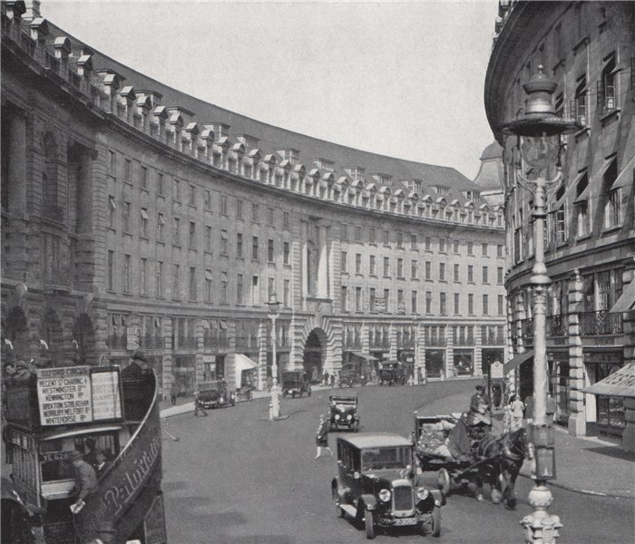 Regent Street from Piccadilly Circus. E.O. HOPPÉ. London 1930 old print