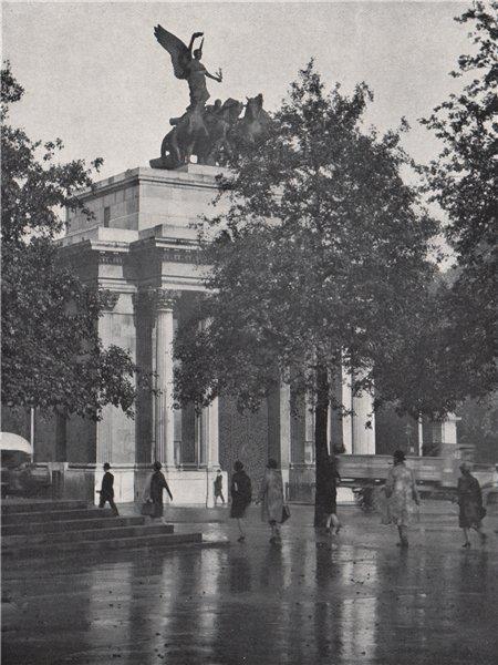 Associate Product Constitutional Arch. E.O. HOPPÉ. London 1930 old vintage print picture