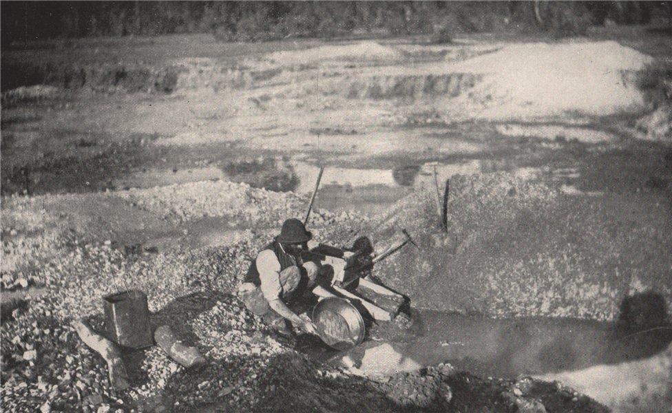 "Associate Product Alluvial Mining  - ""Panning off."". Victoria, Australia. 1909 old antique print"
