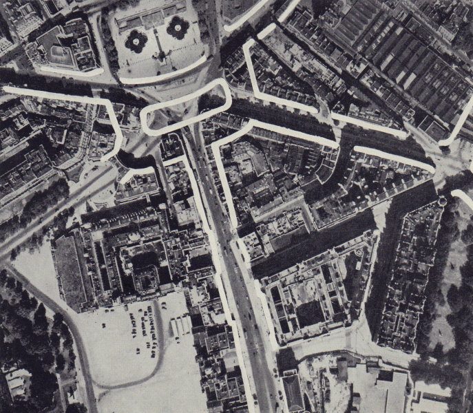 Trafalgar Square road proposal.  Roundabout on south side. RAWLINSON 1946