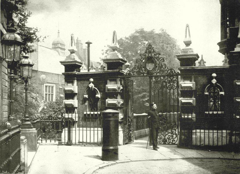 Associate Product LONDON. Staple Inn- The Gateway 1896 old antique vintage print picture