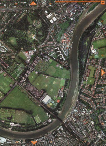 CHISWICK W4 SW13.Hogarth Rbt Chiswick House Duke's Meadow Barnes Bridge 2000 map