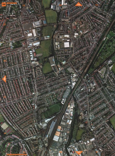 Associate Product SOUTHFIELDS SW18 SW19 SW17. Earlsfield Summerstown Wimbledon Park 2000 old map