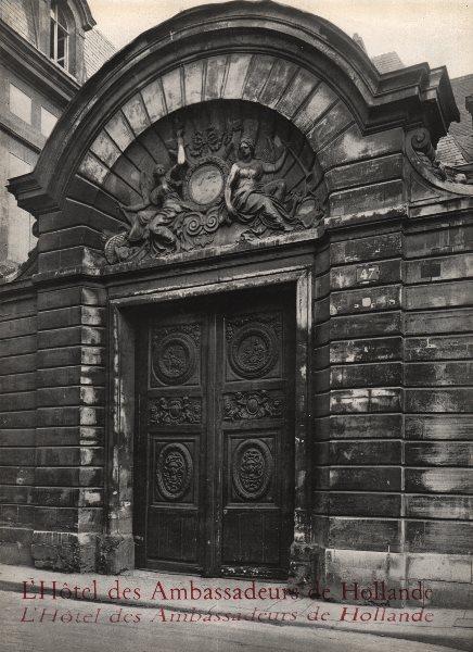 PARIS. L'Hôtel des Ambassadeurs de Hollande (Hôtel Amelot de Bisseuil)  1947